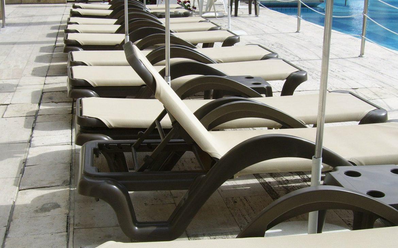 sun lounger chairs
